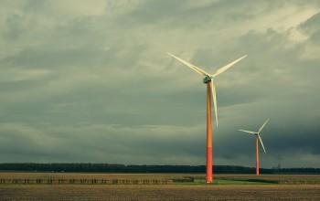 windmills-522422_1280-350x220